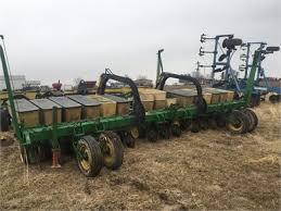 John Deere 7100 Planter by Tractorhouse Com Planters Planting Equipment For Sale 55