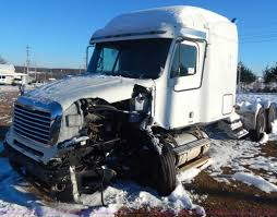 2004 freightliner columbia semi truck item h3905 sold j