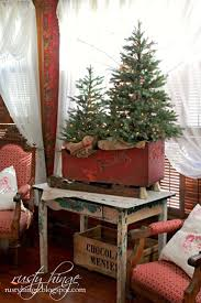 Diy Mini Christmas Trees Pinterest Best 25 Antique Christmas Decorations Ideas On Pinterest Xmas