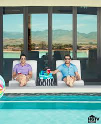 How To Get On Property Brothers by The Property Brothers U0027 Las Vegas Home Pictures Popsugar Home