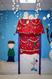 Christmas Yard Decoration Images Best 25 Christmas Door Decorations Ideas On Pinterest Christmas