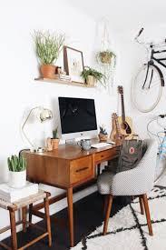 Best Office Desk Plants Best 25 Desk Setup Ideas On Pinterest Office Desk Accessories