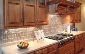 bathroom traditional kitchen design with granite countertop and oak kitchen cabinets with under cabinet lighting and pionite laminate for traditional kitchen design