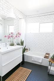 Tile Ideas For Small Bathroom Best 25 White Mosaic Bathroom Ideas On Pinterest White Mosaic