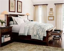 very small master bedroom decorating ideas the best tips for small