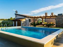Pool Guest House Villa Kazun Lovely House With Private Swimming Pool Guesthouse