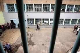 Cezaevinde Bir Hak İhlali Daha:65 Yaşında Kadını Çırılçıplak Soyup Taciz Ettiler