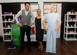 Home And Design Show Nyc by Adding Multimedia Home Design Expert Jonathan Scott Joins Swiffer