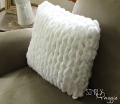Knitted Cushions With Buttons One Hour Arm Knit Pillow Pattern Simply Maggie Getting Crafty