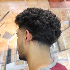 Trimmed Hairstyles For Men by Best Curly Hairstyles For Men 2017