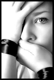 اكتب كي لا تكون وحيدا Images?q=tbn:ANd9GcTPXe75X1g30ky_amhP5YSqK5woCCduKN1uAHbhkQTfxwsNHQFY