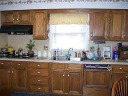 knobs or handles on kitchen cabinets homes design inspiration