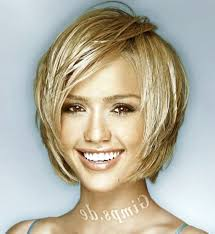 medium layered bob fine hair pic