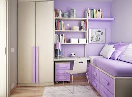 Purple Bedroom Furniture by Bedroom Mesmerizing Striped Purple Wall Bedrooms Design With