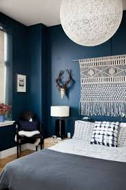 best 25 midnight blue bedroom ideas on pinterest blue accent