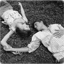 رومانسية المراة والرجل images?q=tbn:ANd9GcT