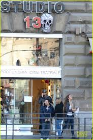 halloween city adrian michigan adrien brody u0026 lara lieto halloween shopping in rome photo