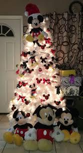 Diy Mini Christmas Trees Pinterest Best 25 Mickey Mouse Christmas Tree Ideas On Pinterest Mickey