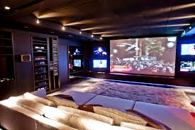 Interior Design For Home Theatre by Tapetes Kyowa Sala De Cinema Projectors Home Theater