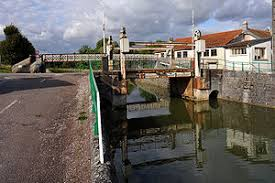Canal entre Champagne et Bourgogne