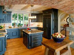 Antiqued Kitchen Cabinets by How To Paint Distressed Kitchen Cabinets Of Best Colors For