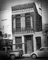 la carafe houston u0027s oldest haunted bar houston chronicle