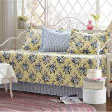 Cute Daybeds Bed U0026 Bedding Pink And White Daybed Comforter Sets With Side Bed