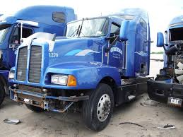 kenworth t600 for sale in canada kenworth t600 1270 salvage tractor w sleeper