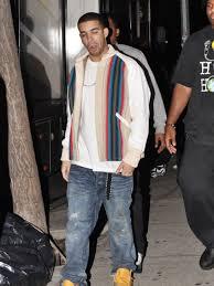 Rapparen Drake aka Aubrey Graham på inspelningsplatsen av hans musikvideo. Bildbyrå: WENN.com - rapparen_drake_aka_aubrey_grah
