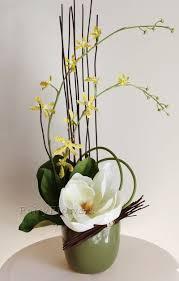 Table Flower Arrangements Best 25 Corporate Flowers Ideas On Pinterest Modern Flower
