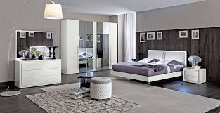 White Shiny Bedroom Furniture Modern And Italian Master Bedroom Sets Luxury Collection