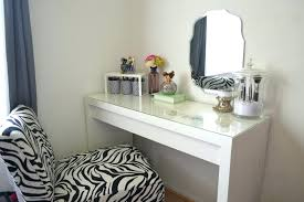Vanity Stools With Wheels Opus Designs Claire Claire White Vanity Desk Hutch Mirror And