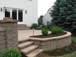 Backyard Cement Patio Ideas by 25 Best Raised Patio Ideas On Pinterest Retaining Wall Patio