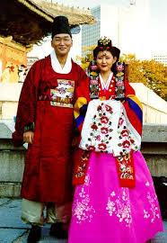 Nunta Traditionala in Coreea Images?q=tbn:ANd9GcTewi17Khn9RggxWAXxcUMz5Mqc9n_RRUUxeHqDCsy9CjXWS1H6