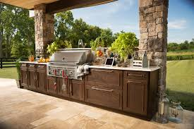 list outdoor kitchens and dining areas traditional home