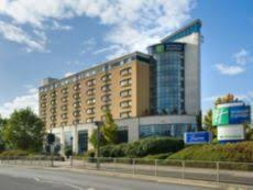 Holiday Inn Express London Swiss Cottage by Hotels Near London City Lcy