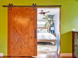 interior good bedroom decoration using light brown bedroom wall