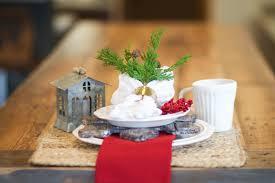 simple u0026 elegant table decor saving time for pie ecochic