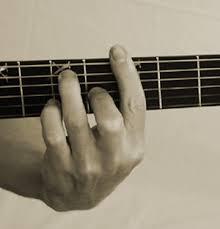 Cómo usar correctamente la cejilla.   clases de guitarra gratis, clases de guitarra electrica, clases de guitarra flamenca