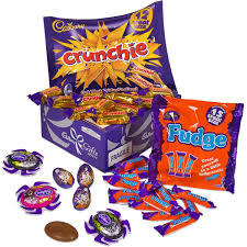 Halloween Gift Basket by Halloween Chocolate Gift Halloween Sweets Cadbury Gifts Direct