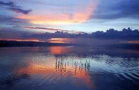 Lago de Hogwarts Images?q=tbn:ANd9GcTl8AGkAeYlYmMh75bMhB3BqqWWJBO-g38vGhIK1eo69jx47t0&t=1&usg=__9AVFXLsmviLynuon7ZnkMahE6cU=