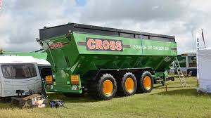 Cereals Event       Latest arable machinery and technology     Farmers Guardian Not to be outdone  Irish firm Cross Engineering launched its largest chaser bin to date