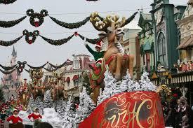 Decoration Noel Disney by Disneyland Paris Christmas 2014 Attractiontix Blog