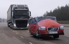 volvo truck models video find volvo u0027s new semi truck stops itself just shy of a