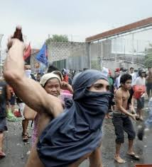 Arrogant Filipino squatters Get Real Philippines