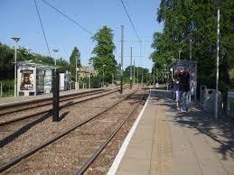 Lloyd Park tram stop