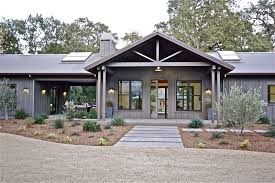 Hip Roof Ranch House Plans Ranch Style House Plan 3 Beds 3 5 Baths 3776 Sq Ft Plan 888 17