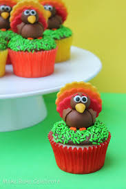 cute thanksgiving cupcakes mbc fondant turkey toppers
