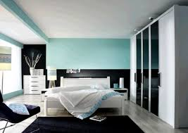 White Shiny Bedroom Furniture Ashley Furniture Bedroom Sets Black And White Best Ideas King