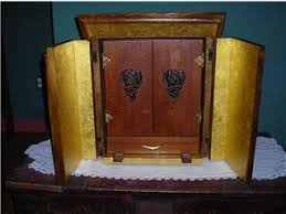outside look at the original dybbuk box